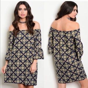Dresses & Skirts - Off The Shoulder Shift Dress